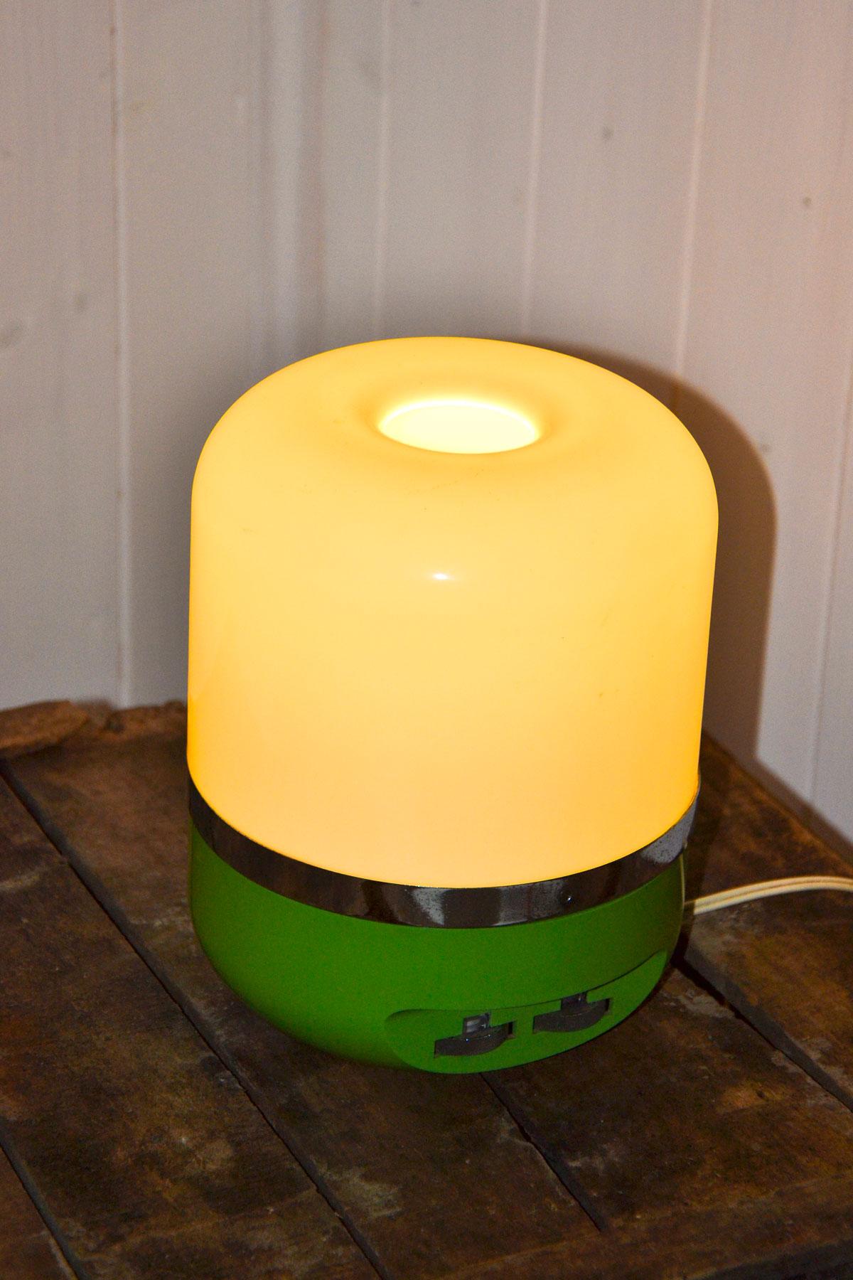 lampada radio anni 70 verde lampada radio anni 70 verde lampada radio ...